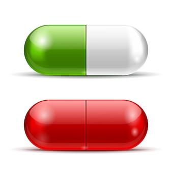 Comprimidos brancos, verdes e vermelhos isolados