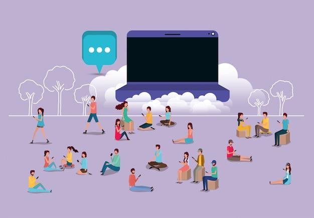 Comunidade social usando smartphones com laptop