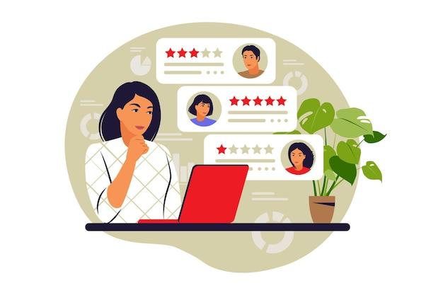 Conceito de avaliações online. classificação por estrelas. conceito de feedback. ilustração vetorial. plano.