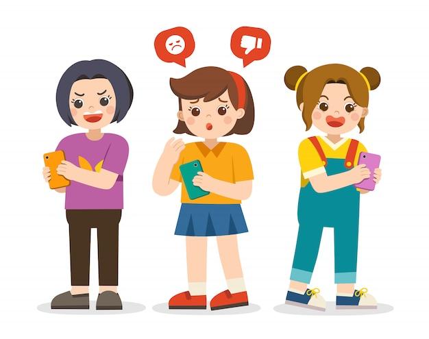 Conceito de bullying social. garota sendo intimidada por mensagem de texto. meninas, segurando o telefone. menina que compartilha de mensagem de texto em telefones móveis.