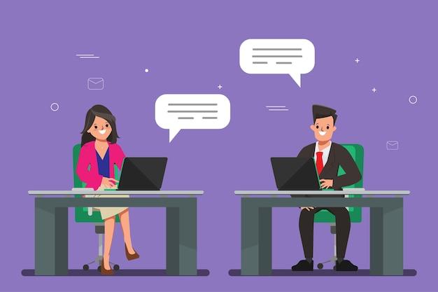 Conceito de comunicação com laptop na equipe de executivos