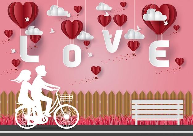 Conceito de dia dos namorados. homens e mulheres andando de bicicleta na rua. papel de vetor