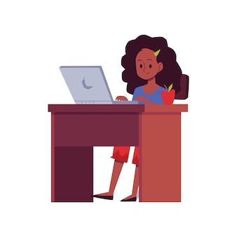 Conceito de educação on-line, um personagem de desenho animado adolescente afro-americano, sentado na mesa e estudando, ilustração em fundo branco.