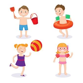 Conceito de férias de verão. crianças felizes vestindo maiôs se divertindo