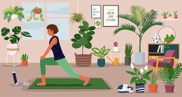 Conceito de ficar em casa, jovem se exercitando durante uma videochamada em uma sala decorada com plantas de interior