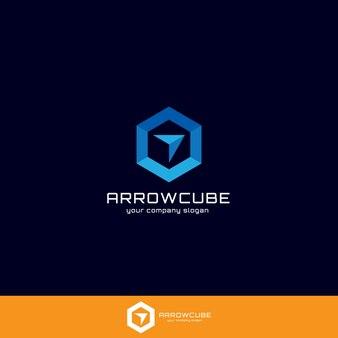 Conceito de logotipo de seta e caixa ou cubo para aplicativos gerais, web, negócios, logística ou serviços.