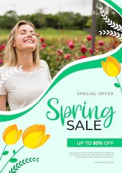 Conceito de modelo de panfleto de venda primavera