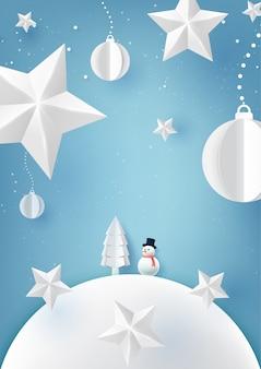 Conceito de natal com bola de natal, estrelas e estilo de arte de papel de boneco de neve
