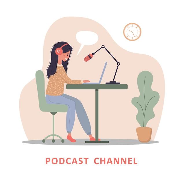 Conceito de podcast. mulher em fones de ouvido, gravando a transmissão de áudio.
