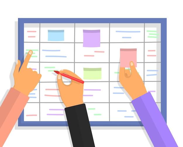 Conceito de quadro de tarefas scrum com mãos humanas segurando marcadores e papeis colantes coloridos