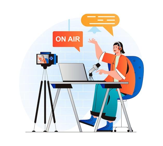 Conceito de streaming de podcast em design plano moderno mulher com fones de ouvido falando no microfone
