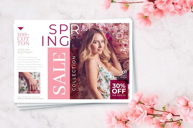 Conceito de temporada de primavera de venda de flores de cerejeira