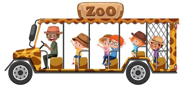 Conceito de zoológico com crianças em carro de turismo isolado no fundo branco