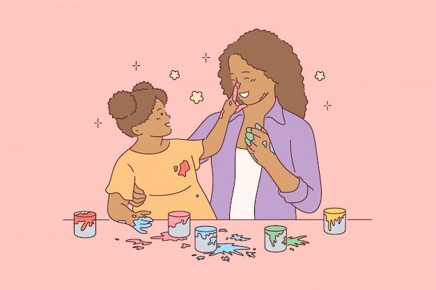 Conceito divertido de brincar de maternidade infantil