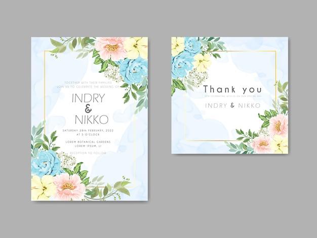 Conceito floral do cartão de convite de casamento bonito e elegante