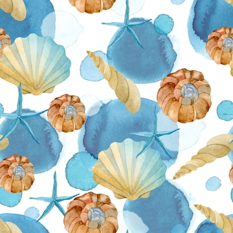 Concha do mar com estrela de peixe azul no padrão sem emenda de manchas azuis de aquarela