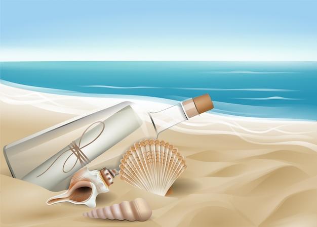 Conchas e garrafa com mensagem na praia