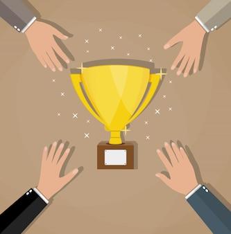 Concorrência entre os empresários pelo troféu de ouro