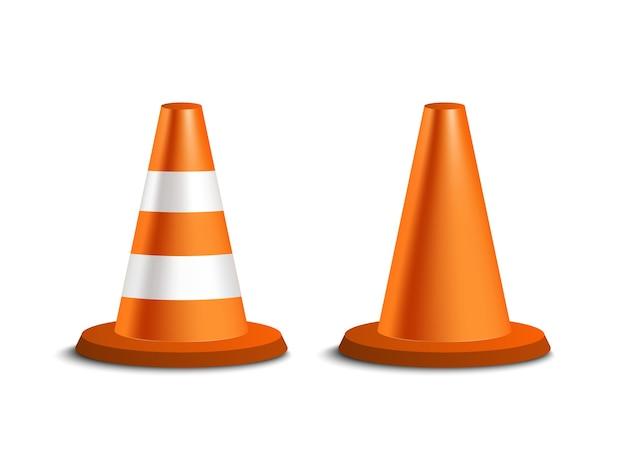 Cone de trânsito rodoviário isolado em fundo branco