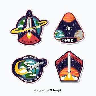 Conjunto colorido de adesivos modernos de espaço