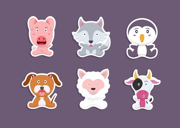 Conjunto colorido de objetos e animais de fazenda fofos, adesivos com animais domésticos