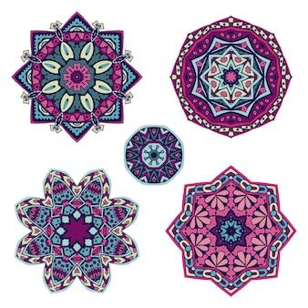 Conjunto colorido de ornamento de mandala étnica medalhão.