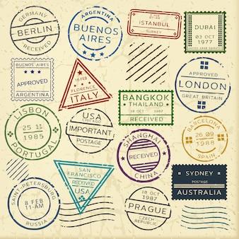 Conjunto colorido de selos postais vintage