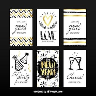 Conjunto de 6 cartões de ano novo com elementos dourados