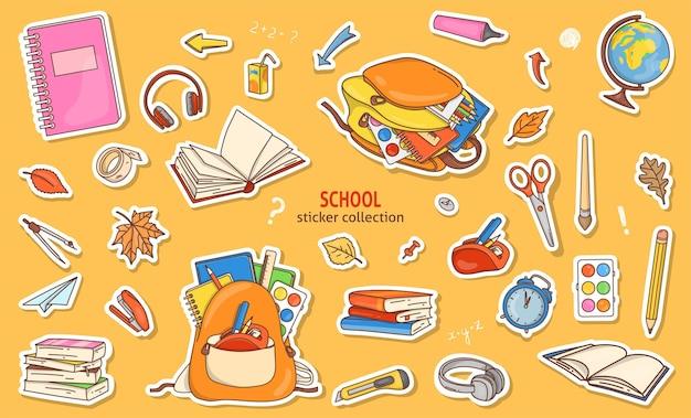 Conjunto de adesivos com papelaria escolar em estilo doodle