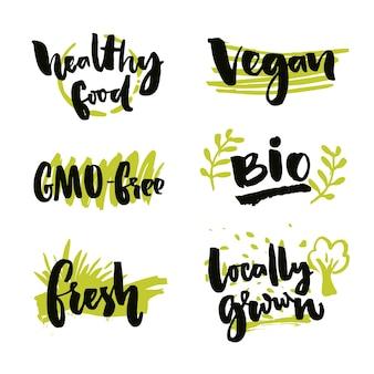 Conjunto de adesivos de alimentos orgânicos rótulos vetoriais para produtos biológicos alimentos saudáveis cultivados localmente, livres de ogm