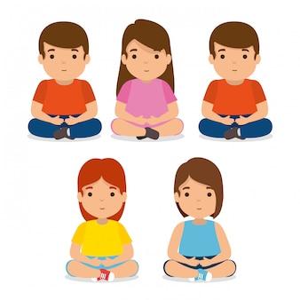 Conjunto de amigos de crianças, juntamente com roupas casuais