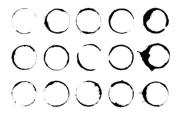 Conjunto de anéis para manchas de café. ilustração vetorial. selo de mancha de bebida com forma redonda e elemento de respingo. efeito de círculo inferior da xícara de café.