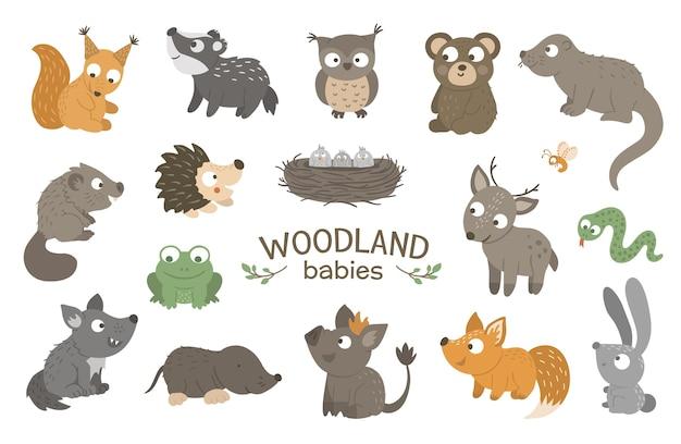 Conjunto de animais bebê de floresta plana de mão desenhada.