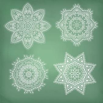 Conjunto de arabescos, ornamento étnico de laço em um círculo.