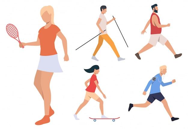 Conjunto de atividades de verão. homens e mulheres jogando tênis