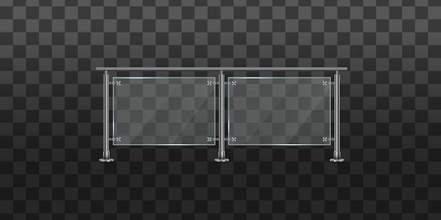 Conjunto de balaustrada de vidro com corrimãos de metal. corrimão ou seções de vedação com pilares de aço. seção de cercas de vidro com trilhos tubulares metálicos e chapas transparentes para escadas da casa da varanda da casa.