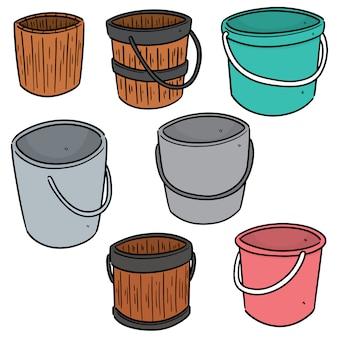 Conjunto de baldes de água