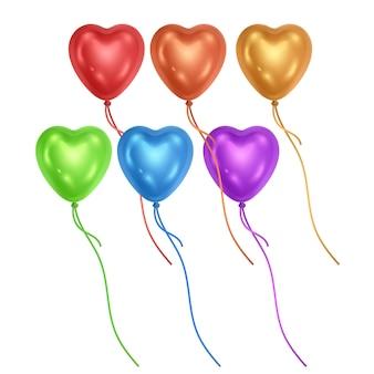 Conjunto de balões em forma de coração é