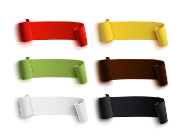 Conjunto de bandeiras de papel curvado realista, detalhadas coloridas, isolado no fundo branco. fitas.
