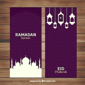 Conjunto de bandeiras do Ramadã com mesquitas e lâmpadas em estilo simples