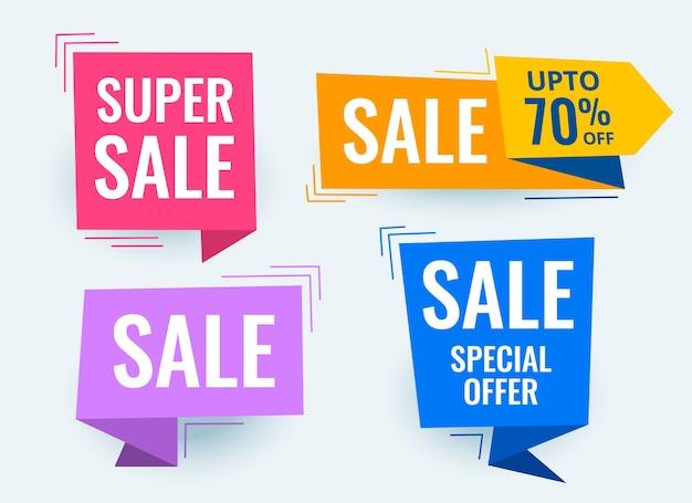 Conjunto de banners e tags promocionais de venda