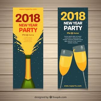 Conjunto de banners verticais de ano novo com champanhe