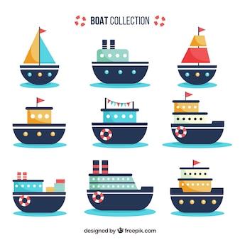 Conjunto de barcos planos com grandes desenhos