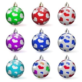 Conjunto de bolas de natal multicoloridas com vários enfeites