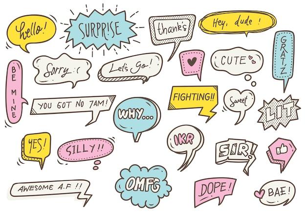 Conjunto de bolha do discurso bonito com texto em estilo doodle