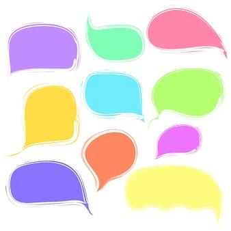 Conjunto de bolhas coloridas de discurso ou pensamento