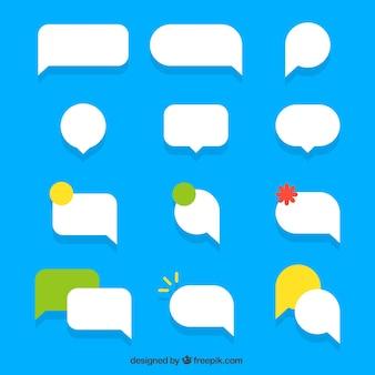 Conjunto de bolhas de discurso em design plano