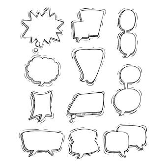 Conjunto de bolhas de discurso mão desenhada ou doodle estilo