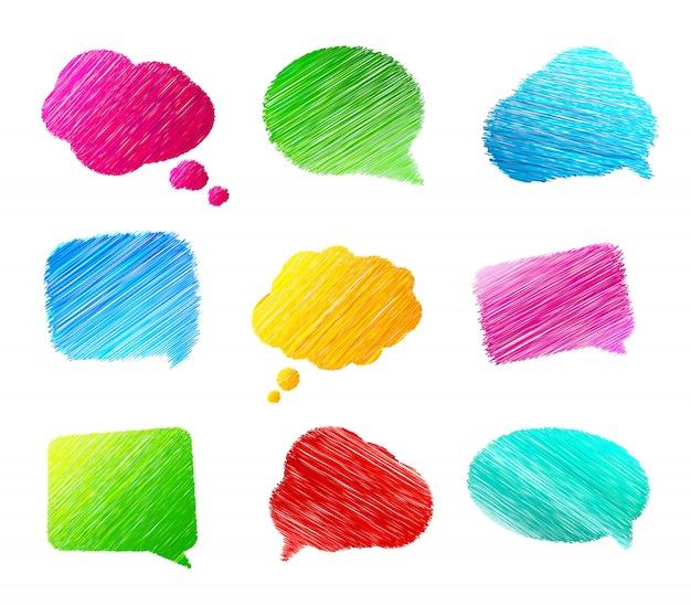 Conjunto de bolhas do discurso doodles em fundo branco. banners coloridos no estilo de desenho