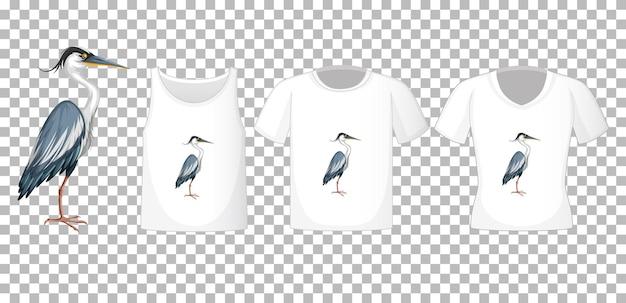 Conjunto de camisas diferentes com a personagem de desenho animado de garça azul isolada em fundo transparente